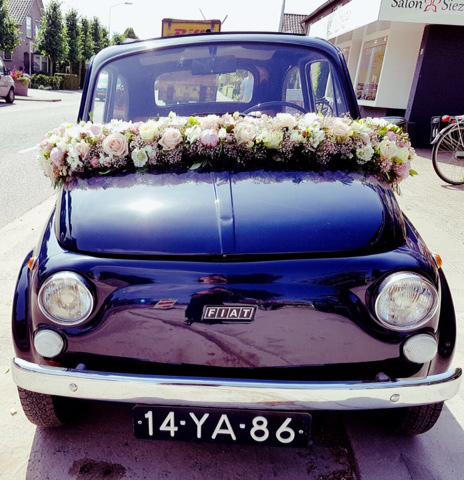 Bruidsauto bloemen Twello